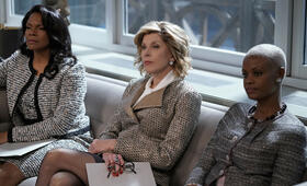 The Good Fight - Staffel 3 mit Christine Baranski und Audra McDonald - Bild 6