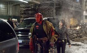 Hellboy II - Die goldene Armee mit Ron Perlman und Selma Blair - Bild 18