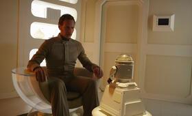 Patrick Wilson in Space Station 79 - Bild 69