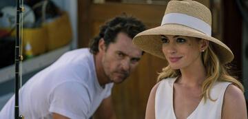 Matthew McConaughey und Anne Hathaway in Im Netz der Versuchung