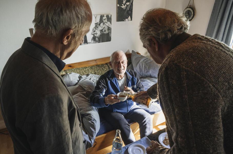 Zimmer mit Stall - Tierisch gute Ferien mit Friedrich von Thun, Sepp Schauer und Philipp Sonntag