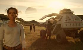 Lost in Space - Verschollen zwischen fremden Welten - Staffel 1 mit Taylor Russell - Bild 15