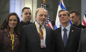 Norman mit Harris Yulin und Lior Ashkenazi - Bild 8