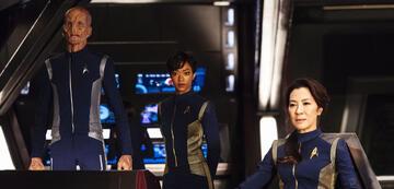 Einige Crew-Mitglieder der Discovery und der Shenzhou