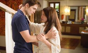 Robert Pattinson in Breaking Dawn - Bis(s) zum Ende der Nacht: Teil 1 - Bild 111