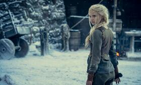 The Witcher, The Witcher - Staffel 2 mit Freya  Allan - Bild 2