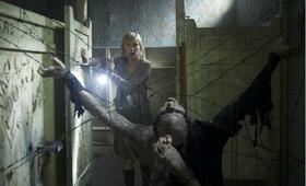 Silent Hill mit Radha Mitchell - Bild 35