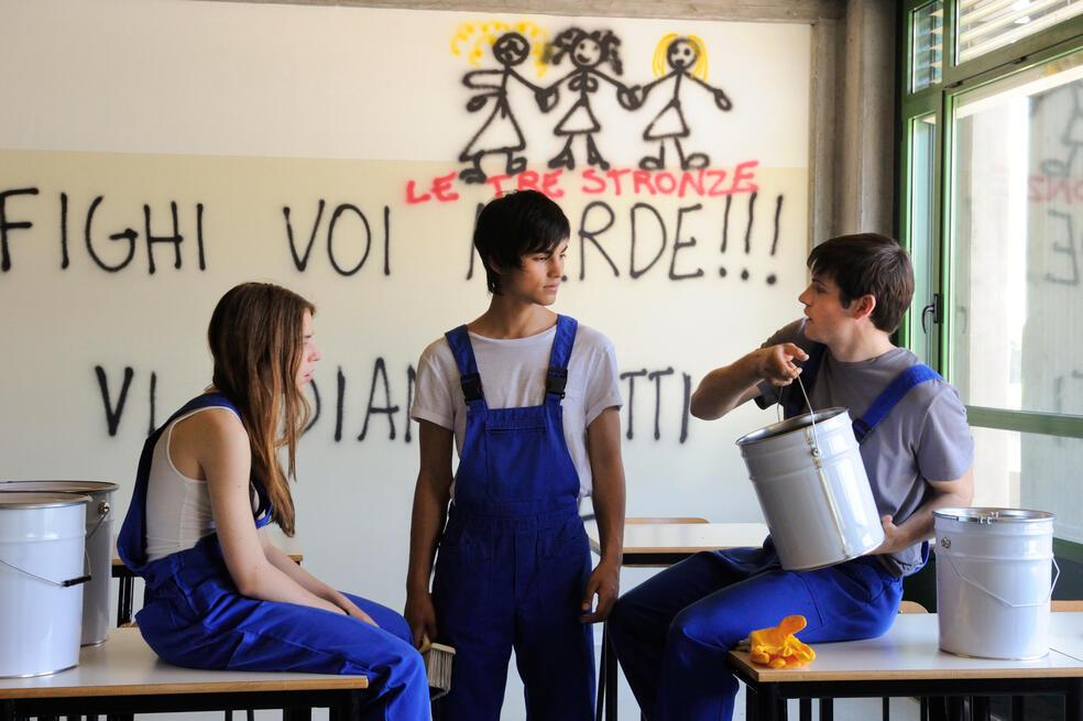 Ein Kuss mit Leonardo Pazzagli, Valentina Romani und Rimau Ritzberger Grillo