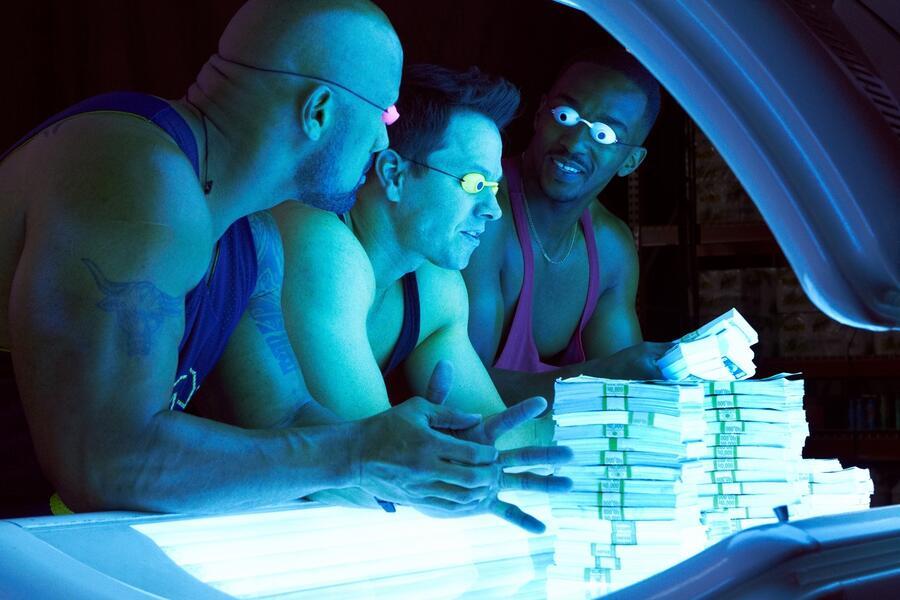 Pain & Gain mit Mark Wahlberg und Dwayne Johnson