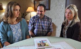 Die Eifelpraxis: Gebrochene Herzen mit Rebecca Immanuel, Karolina Lodyga und Tom Keune - Bild 7