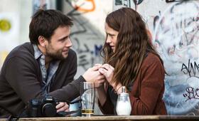 Berlin Syndrom mit Max Riemelt und Teresa Palmer - Bild 1
