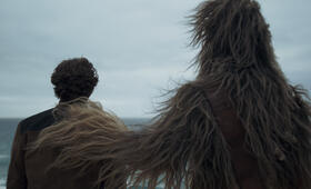 Solo: A Star Wars Story mit Alden Ehrenreich und Joonas Suotamo - Bild 19
