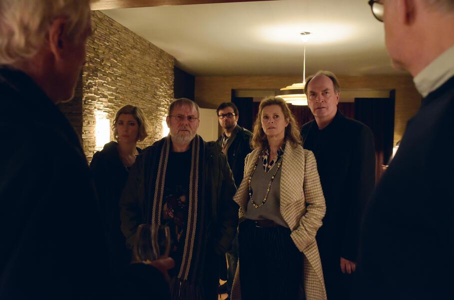 Die Auferstehung mit Joachim Król, Herbert Knaup, Dominic Raacke, Mathieu Carrière, Michael Rotschopf, Leslie Malton und Brigitte Zeh
