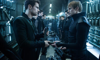 Underworld 5: Blood Wars mit Theo James und Bradley James - Bild 5