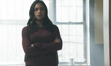Marvel's Iron Fist, Marvel's Iron Fist Staffel 1 mit Rosario Dawson - Bild 6