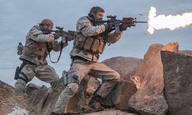 Operation: 12 Strong mit Chris Hemsworth und Geoff Stults - Bild 1