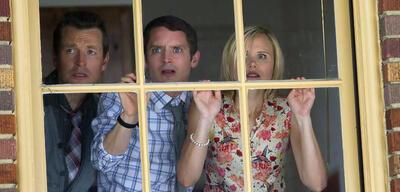 Was tun, wenn Zombiekinder auf dem Schulhof warten? Leigh Whannell, Elijah Wood und Alison Pill in Cooties