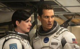 Anne Hathaway in Interstellar - Bild 129
