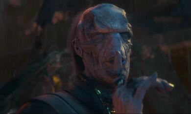 Avengers 3: Infinity War mit Tom Vaughan-Lawlor - Bild 12
