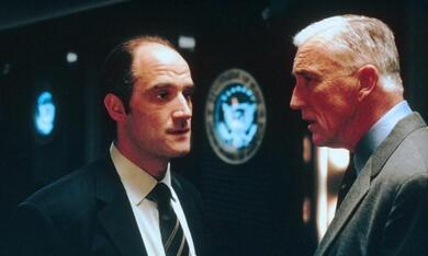 Collateral Damage mit Elias Koteas - Bild 8