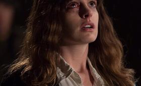 Colossal mit Anne Hathaway - Bild 55