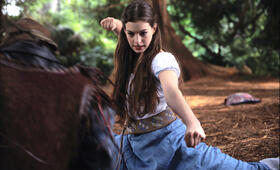 Anne Hathaway inElla - Verflixt & zauberhaft - Bild 98