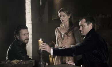 King Arthur: Legend of the Sword mit Jude Law und Annabelle Wallis - Bild 3