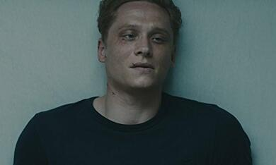 You Are Wanted, You Are Wanted Staffel 1 mit Matthias Schweighöfer - Bild 7