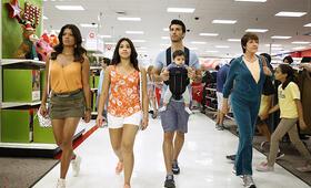 Staffel 2 mit Gina Rodriguez - Bild 25