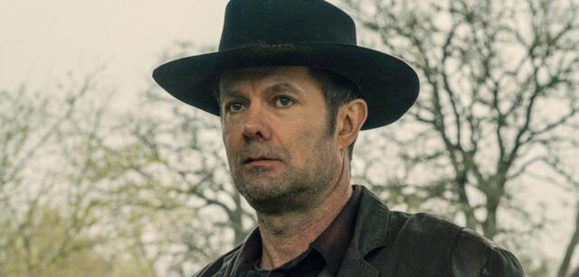 Garret Dillahunt alsJohn Dorie in Fear the Walking Dead
