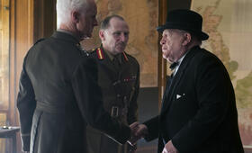 Churchill mit Brian Cox, John Slattery und Danny Webb - Bild 11