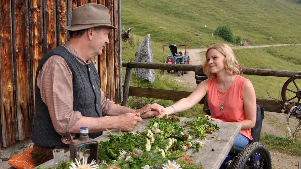 Ein Sommer im Allgäu mit Jennifer Ulrich und Herbert Knaup