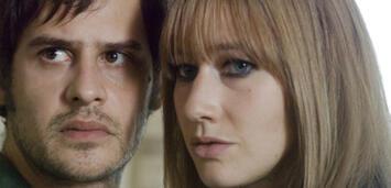 Bild zu:  Moritz Bleibtreu und Johanna Wokalek als Baader und Ensslin