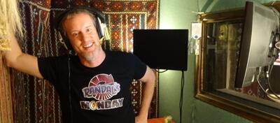 Jeff Anderson im Tonstudio.