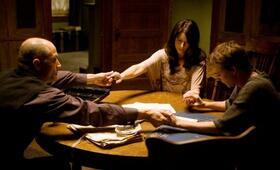 Das Haus der Dämonen mit Amanda Crew, Kyle Gallner und Elias Koteas - Bild 2