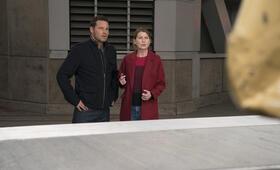 Grey's Anatomy - Die jungen Ärzte Staffel 14, Grey's Anatomy - Die jungen Ärzte - Staffel 14 Episode 7 mit Ellen Pompeo und Justin Chambers - Bild 43