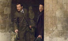Sherlock Holmes mit Robert Downey Jr. und Jude Law - Bild 9