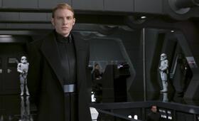 Star Wars: Episode VIII - Die letzten Jedi mit Domhnall Gleeson - Bild 4
