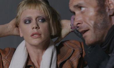 Final Impact - Die Vernichtung der Erde mit Tonya Kay und Jose Rosete - Bild 5