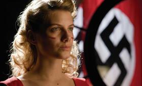 Mélanie Laurent in Inglourious Basterds - Bild 39