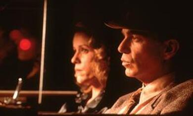 The Man Who Wasn't There mit Billy Bob Thornton und Frances McDormand - Bild 8