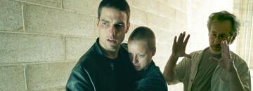 Tom Cruise, Samantha Morton und Steven Spielberg am Set von Minority Report