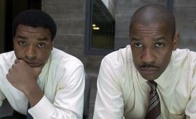 Inside Man mit Denzel Washington und Chiwetel Ejiofor - Bild 13