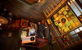 Escape Room mit Tyler Labine, Logan Miller, Taylor Russell und Jay Ellis - Bild 1