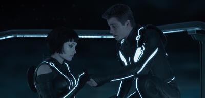 Olivia Wilde und Garrett Hedlund in Tron Legacy