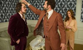American Hustle mit Christian Bale, Bradley Cooper und Amy Adams - Bild 10