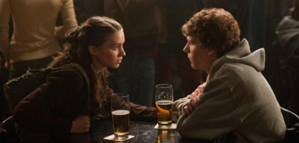 Rooney Mara und Jesse Eisenberg in The Social Network