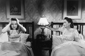 Olivia de Havilland in Der schwarze Spiegel