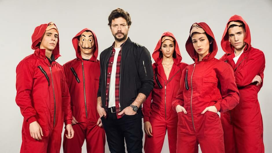 Haus des Geldes - Staffel 3 mit Miguel Herrán, Álvaro Morte, Alba Flores, Jaime Lorente und Úrsula Corberó