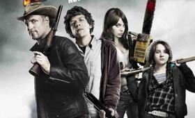 Zombieland mit Emma Stone, Woody Harrelson, Jesse Eisenberg und Abigail Breslin - Bild 1